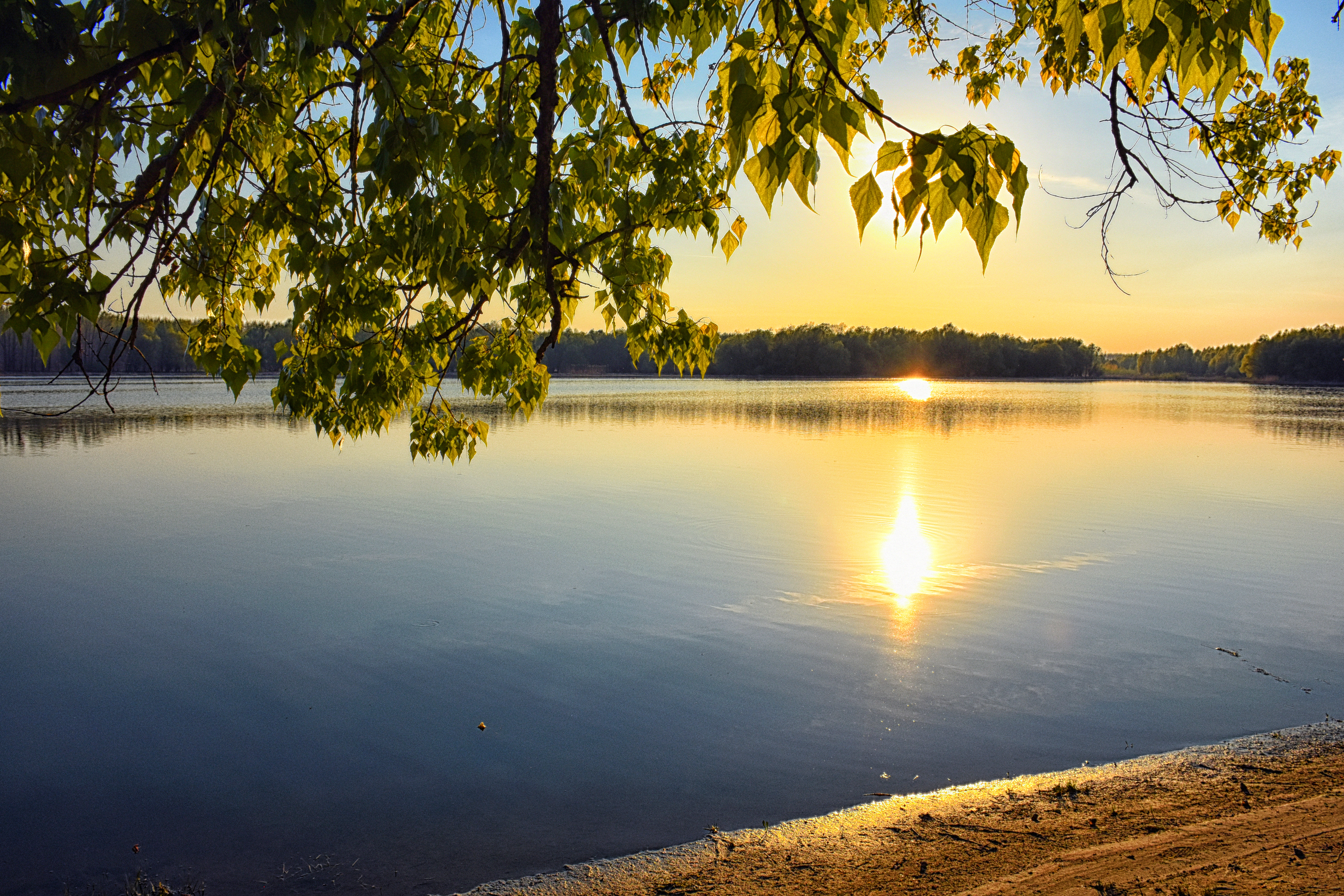 Sunset Reflection On Water - free  images to use -