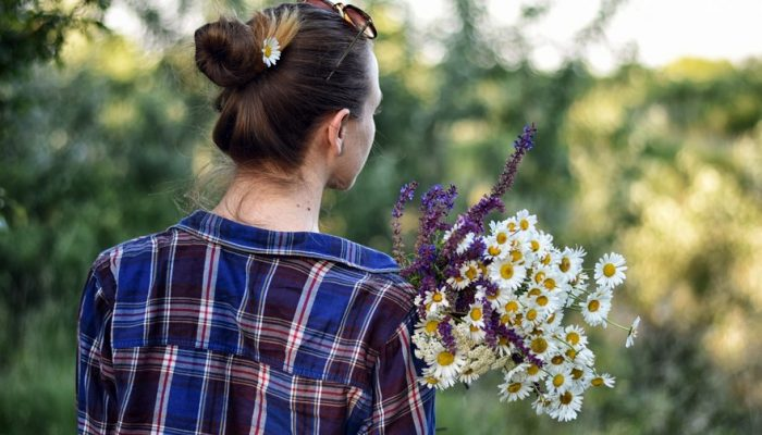 Picture of a girl with flowers