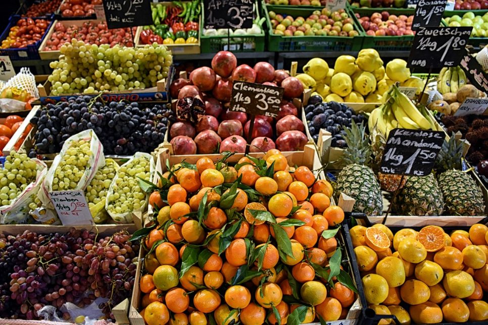 Picture of fruit stand