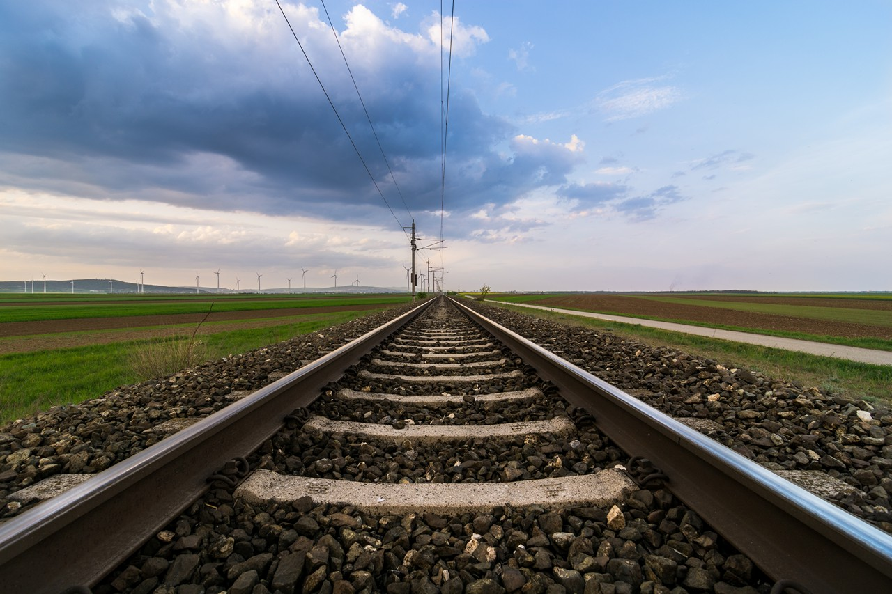 Railway to infinity - free nature images to use - landscape, clouds