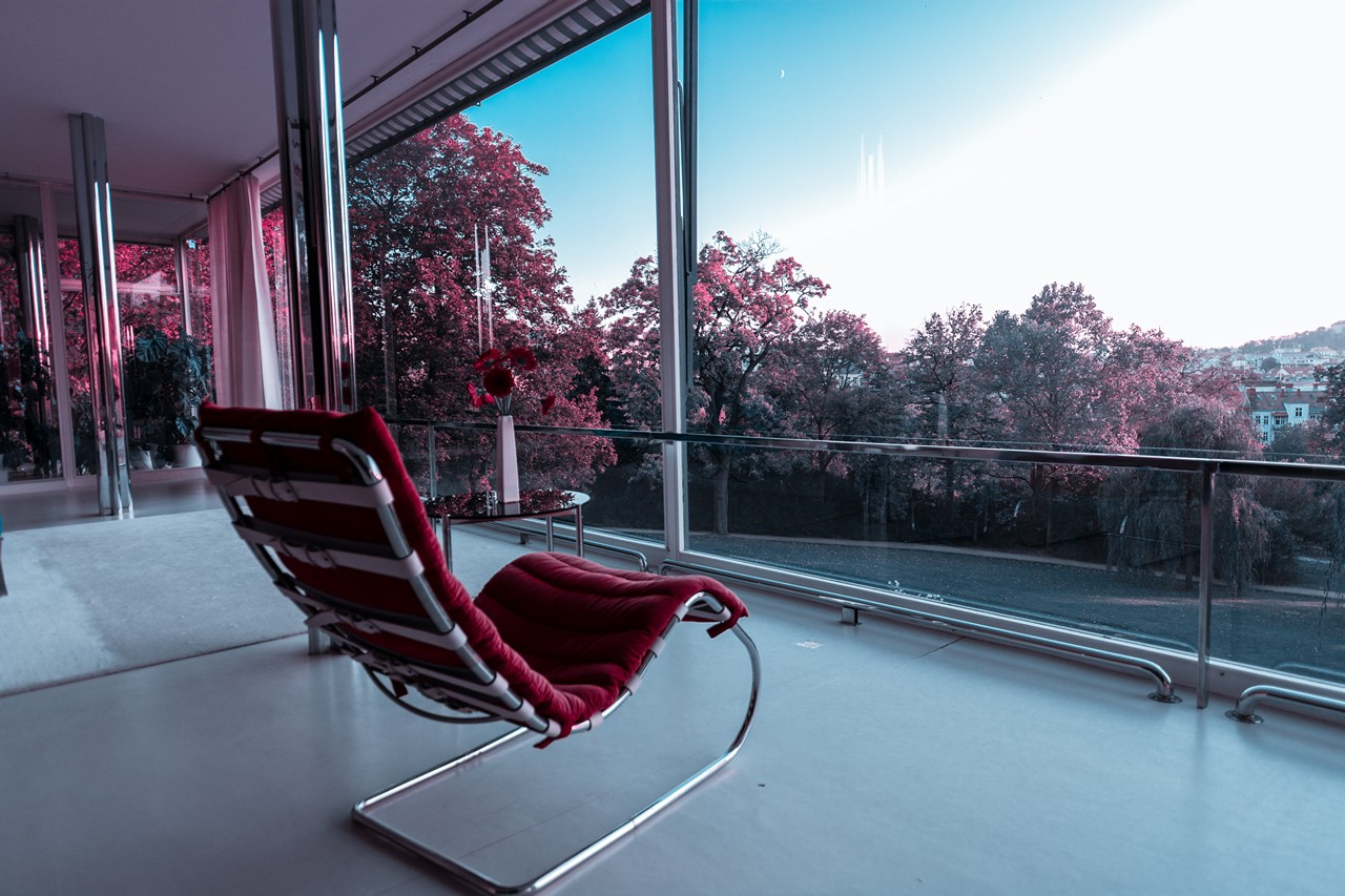 Villa Tugendhat Stylish Red Chair - free architecture images to use - tugendhat, interiors